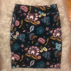 Loft pencil skirt size 0 floral